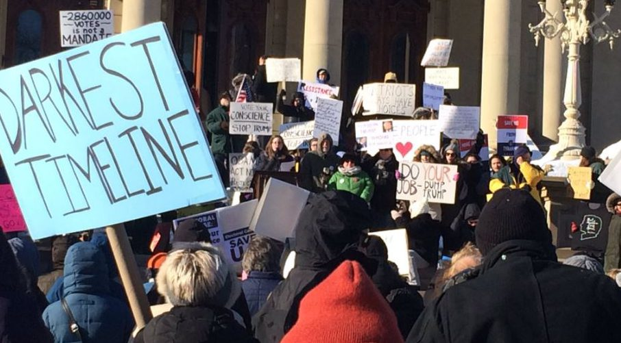 Lansing - Protests at the Electoral College
